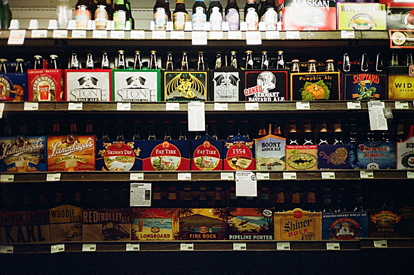beer, stone brewery, fat tire, supermarket, yashica t, porta 400vc, juuuuicy, olivejuuuuice