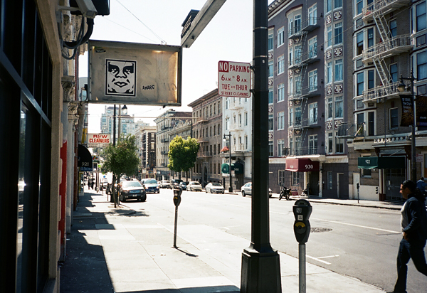 obey, giant, san francisco, SF, streets, yashica, portra, juuuuicy