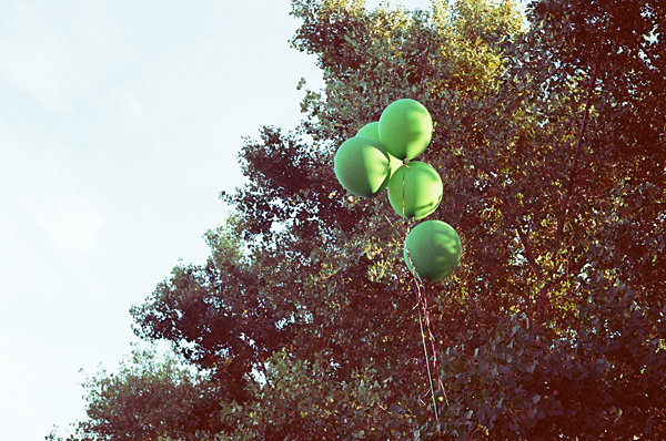 balloon, tree, green